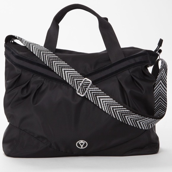lululemon athletica Handbags - Lululemon Ivviva Take me to the Studio Bag